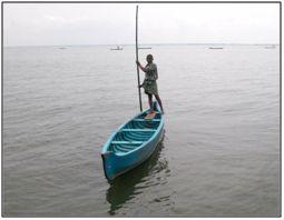 A fibre reinforced plastic (FRP) rubberwood canoe. Source: CIFT